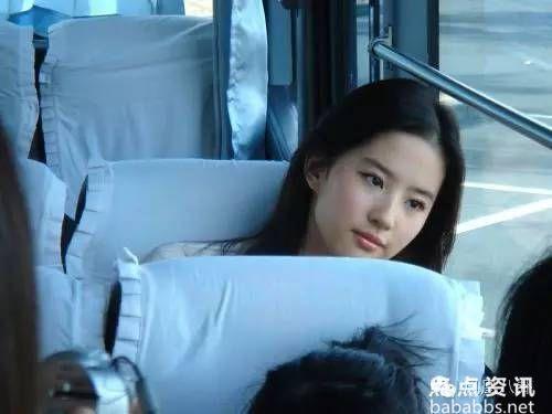 当清纯女神浓妆艳抹起来,宋慧乔刘亦菲也hold不住!