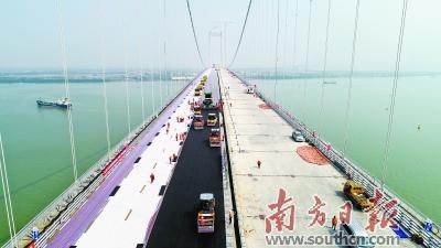 虎门二桥开始钢桥面铺装作业 预计明年5月前建成通车