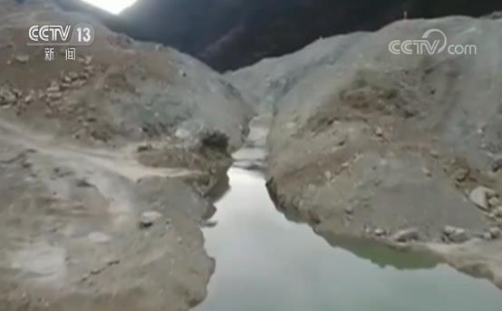 金沙江堰塞湖水位继续上涨 13日晚间或现最大流量