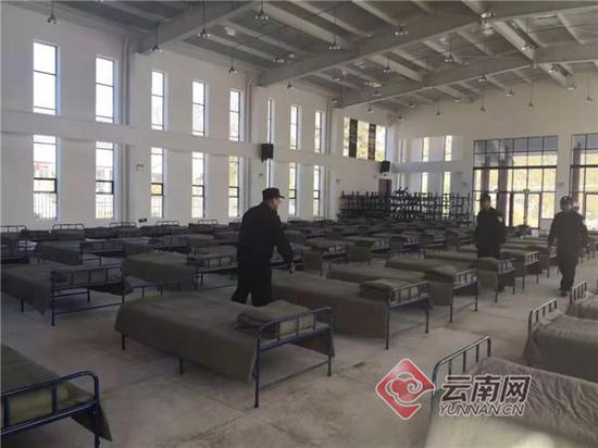 金沙江白格堰塞湖溃流凶猛 丽江启动一级防汛应急